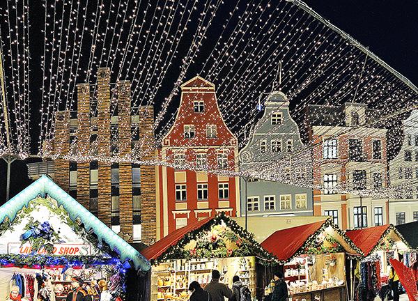 Weihnachtsmarkt In Rostock.Kunsthandwerkerecke Rostocker Weihnachtsmarkt