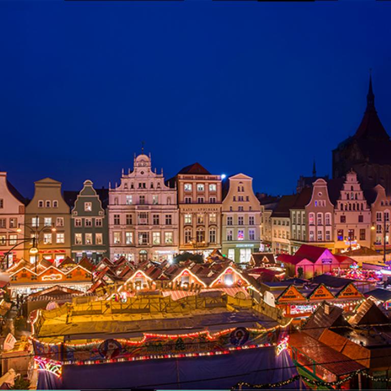 Standgebühr Weihnachtsmarkt Stuttgart.Rostocker Weihnachtsmarkt Rostocker Weihnachtsmarkt